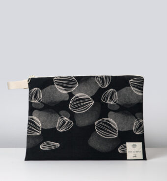 Petals waterproof bag House of Myrtle