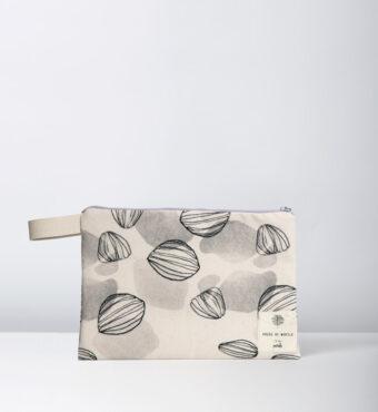 Petals waterproof bag House of Myrtle