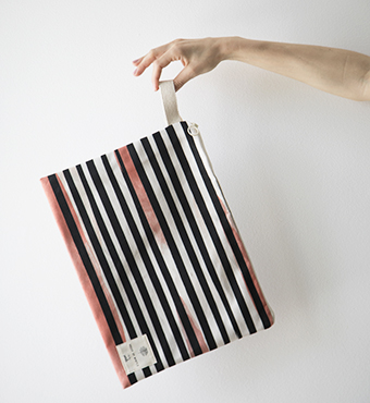 petals-l-stripe