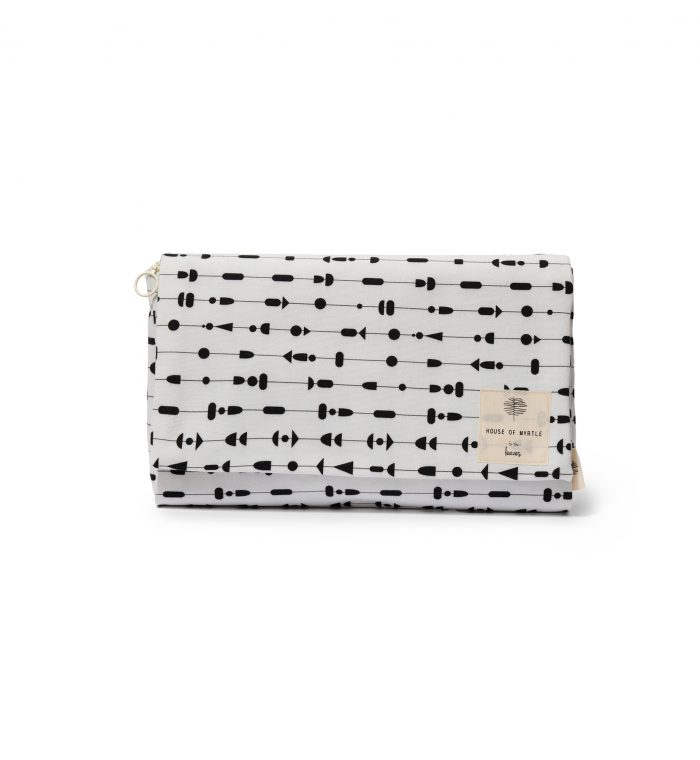 changing-pad-necessity-bag-leaves-shapes-house-of-myrtle-ss19-000386-1